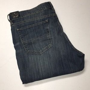 Lucky Brand Sweet Boot Relaxed Fit Jeans 16/33